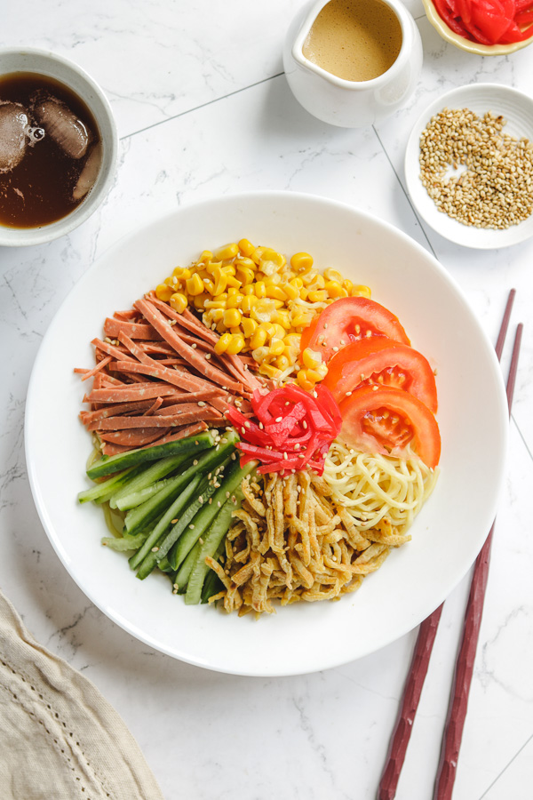 japanese cold noodle salad with sesame sauce
