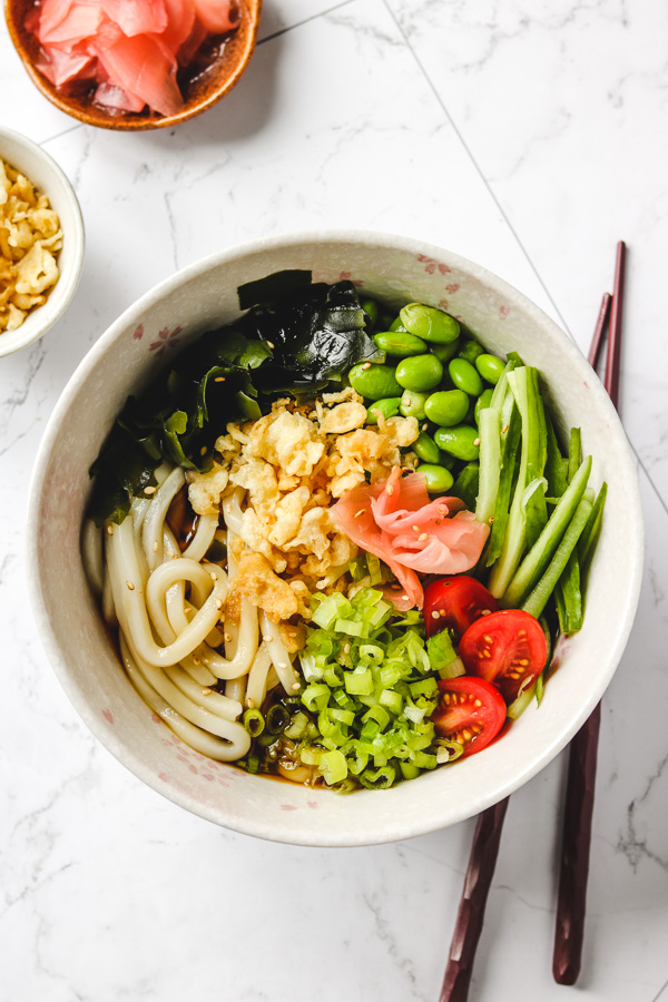 japanese cold udon noodles in a bowl