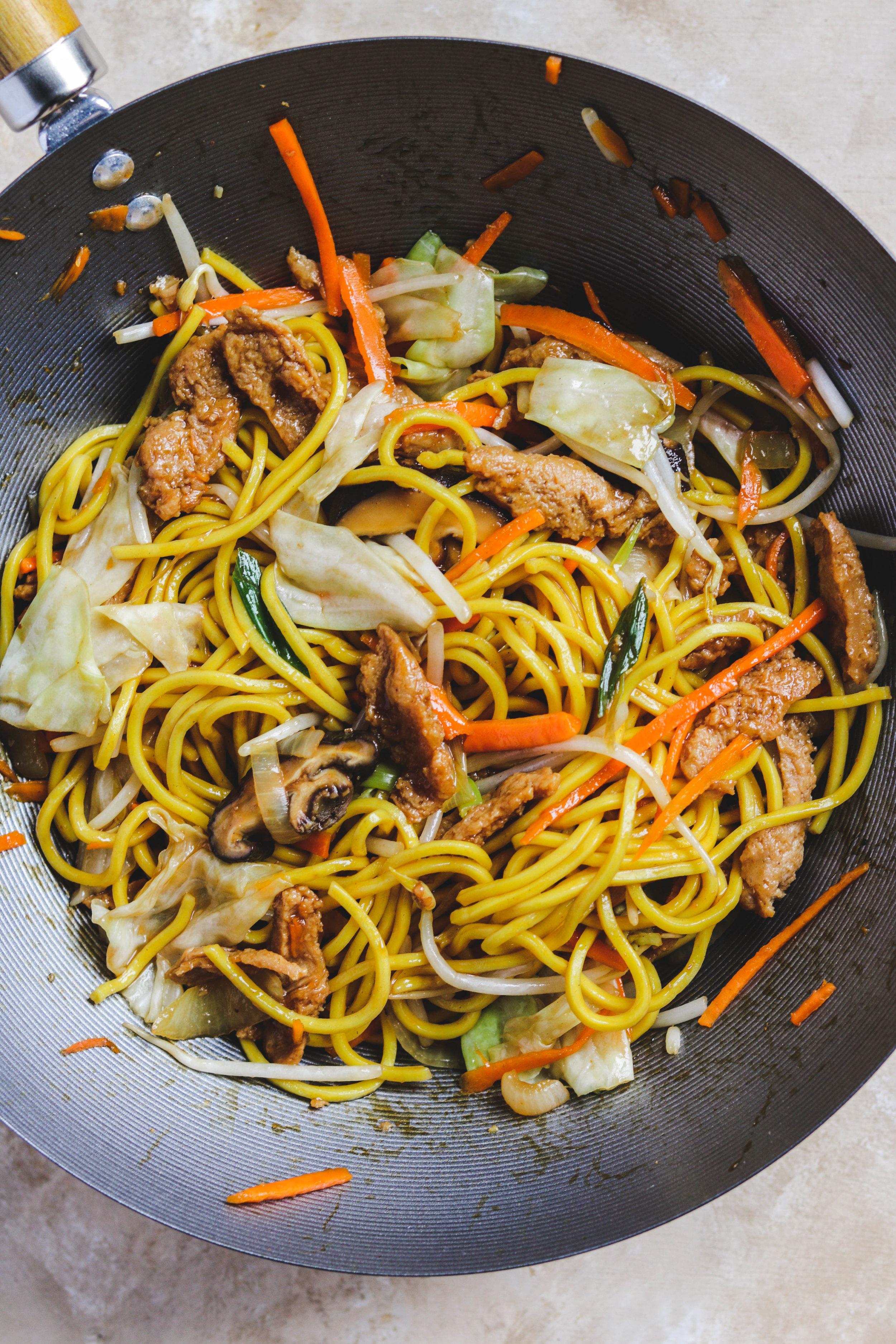 vegan yakisoba in a wok