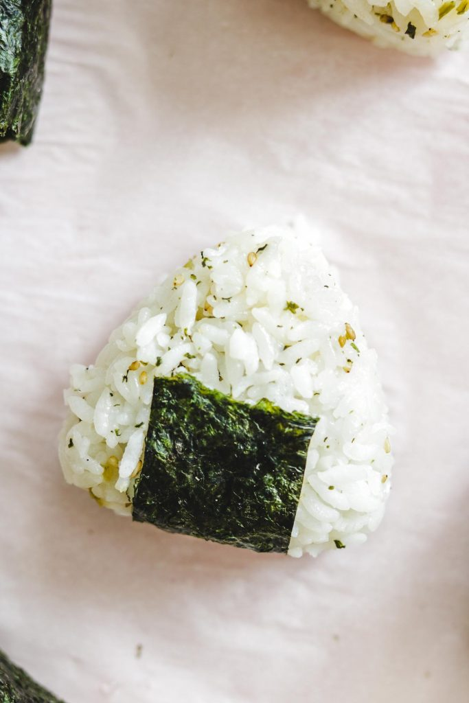 furikake onigiri with seaweed in the middle