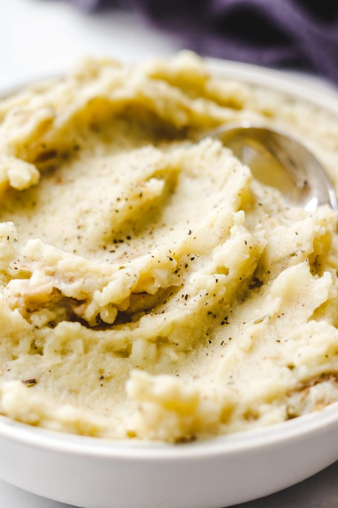 dairy free mashed potatoes in a blue bowl close up photo