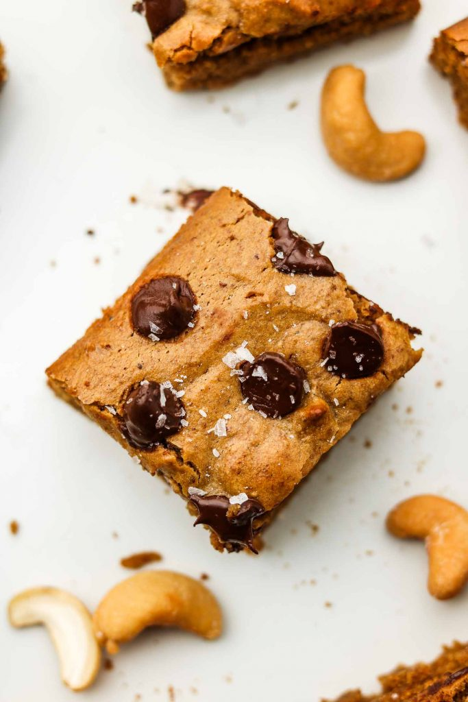 cashew butter blondies with chocolate chips on top