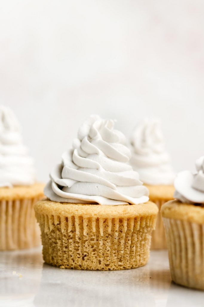 vegan gluten free vanilla cupcakes without cupcake liner on