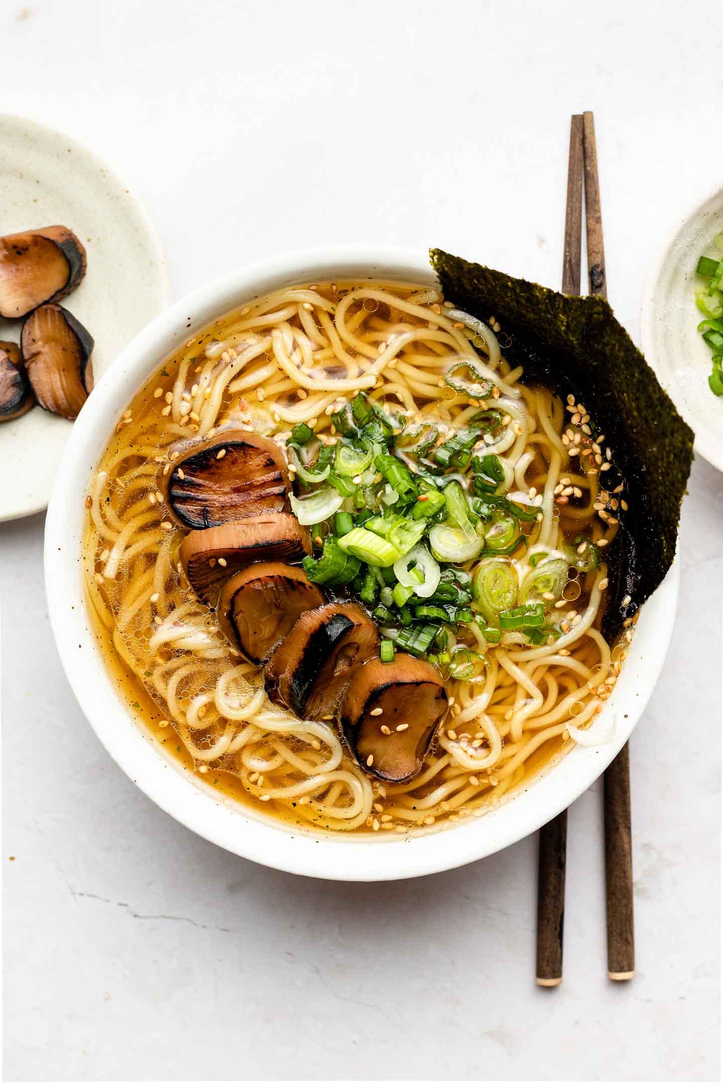 Quick Easy Vegan Ramen 5 Minute Mix Slurp Okonomi Kitchen
