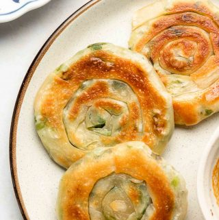 close up shot of easy scallion pancakes