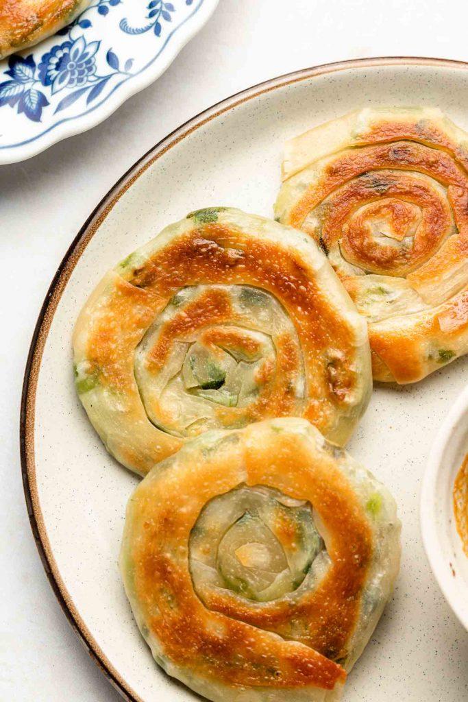 close up shot of easy scallion pancakes
